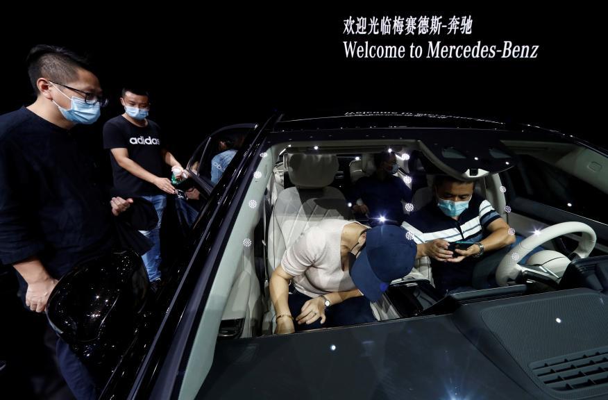 Espacio de Mercedes en la Feria del Automovil de Pekín 2020