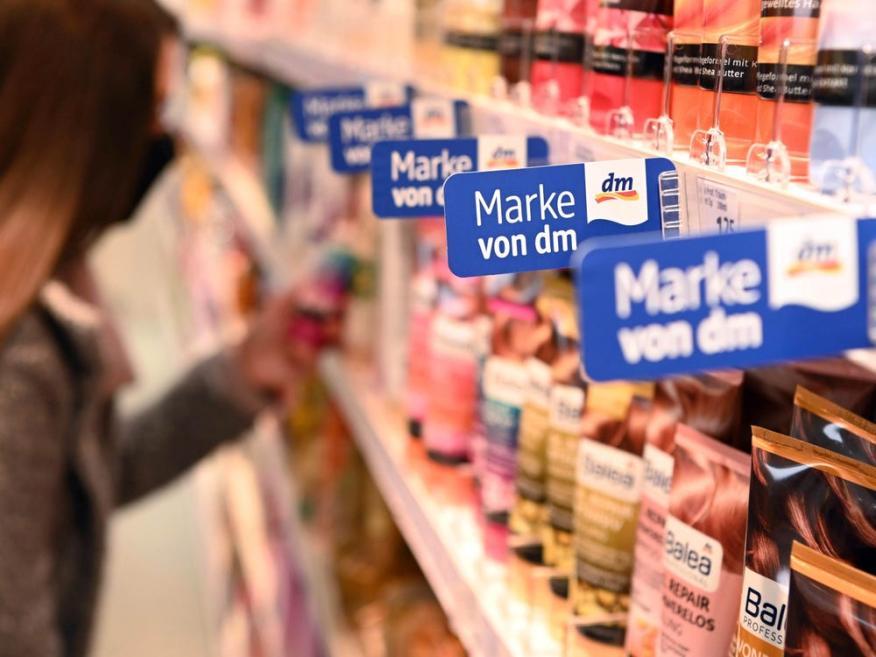 Kevin David Lehmann ha heredado el 50% de la participación de su padre, en la farmacia alemana dm-drogerie markt.