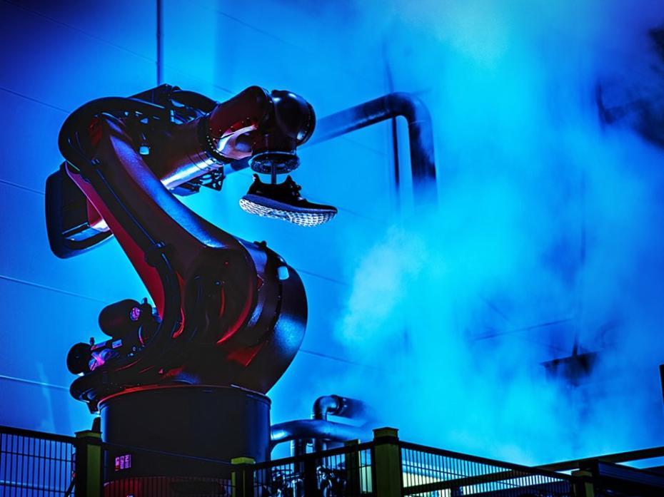 De trato fácil apaciguar Pebish  Esta futurista fábrica de Adidas pretende revolucionar la industria |  Business Insider España